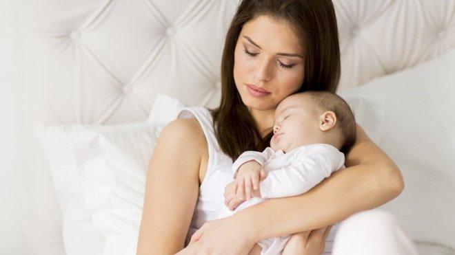 Nguyên nhân trẻ sơ sinh bú ít