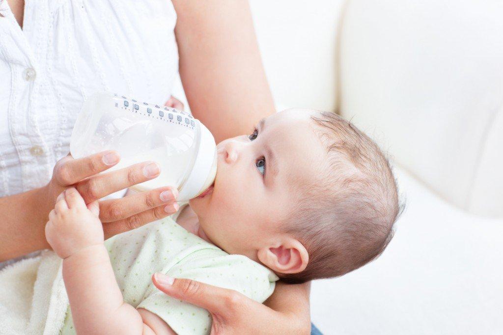 Chăm sóc khi trẻ cai sữa mẹ
