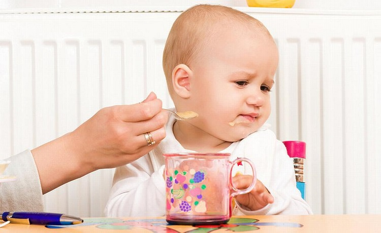"""Biếng ăn ở trẻ là vấn đề khiến nhiều bố mẹ """"bỉm sữa"""" đau đầu vàsợ"""