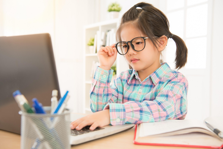 thói quen dẫn đến cậ thị ở trẻ em