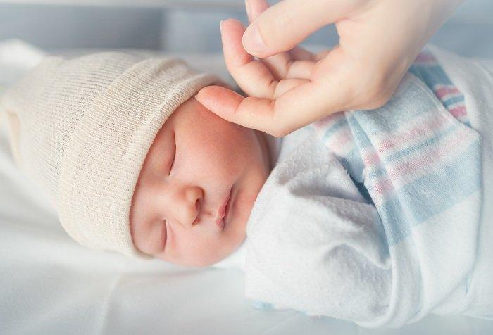 Tập cho bé tự ngủ: Những điều cơ bản bố mẹ cần biết