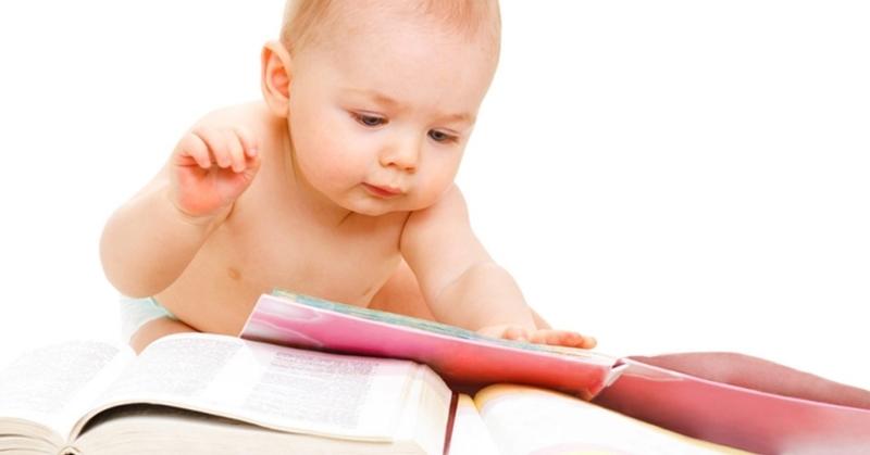 Cho bé ăn gì để trí thông minh nhanh phát triển?