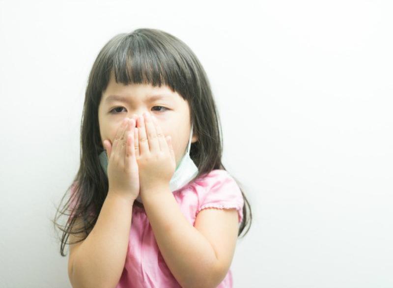 Lưu ý khi chữa ho, sổ mũi cho trẻ | Vinmec