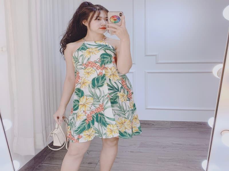 Váy đầm họa tiết hoa lá